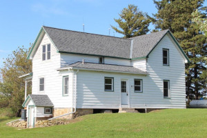 N4650 County Rd P, Spring Valley, WI