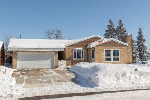 102 5th Ave NW Kasson MN 55944-large-001-003-Front View-1500x1000-72dpi