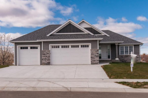 4244 Genevieve Place NW, Rochester, MN 55901