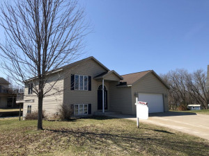 204 1st Court NE, Elgin, MN 55932