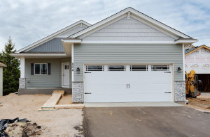 New Construction - Single Level Detached Townhome with Main Floor Living! Sod and irrigation allowance included. 1,278 Finished Sq Ft, 2 Bdrms/2 Bath and Main Floor Laundry. 24x20 Oversized 2-car Garage.