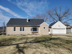 1208 Grandview Terrace, La Crescent, MN 55947