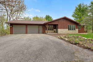 61196 265th Avenue, Mantorville, MN 55955