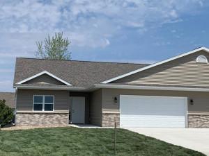 782 Escalade Lane SE, Owatonna, MN 55060
