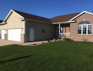 402 13th Avenue NW, Kasson, MN 55944