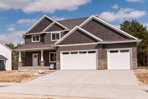 2290 Red Pine Lane SW, Rochester, MN 55902