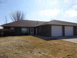 818 Southview Court W, Marshall, MN 56258