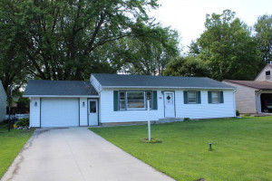 305 7th Avenue NW, Kasson, MN 55944
