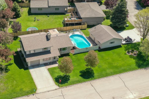 218 Jefferson Avenue SW, Eyota, MN 55934