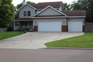 2050 Willow Ridge Place NE, Owatonna, MN 55060