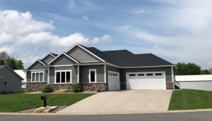 330 3rd Avenue SE, Plainview, MN 55964