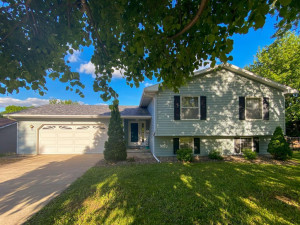 126 8th Street NE, Byron, MN 55920