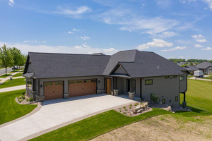 913 Somerby Parkway, Byron, MN 55920