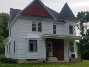 208 Washington Street, Waltham, MN 55982