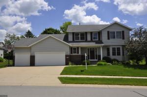 2042 Century Hills Drive NE, Rochester, MN 55906