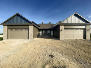 888 Picadilly Lane NW, Rochester, MN 55901