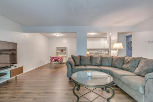 2543 Unity Avenue N, Golden Valley, MN 55422