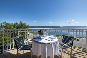 Incredible views of Lake Pepin & the WI bluffs from your private balcony!