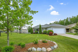 6348 Freedom Lane NW, Rochester, MN 55901