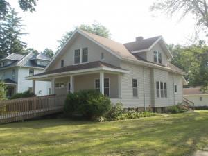 855 Richland Avenue, MN 55972