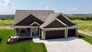 6353 Summit Pine Road NW, Rochester, MN 55901