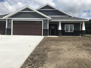 1790 Country Creek Road NE, Owatonna, MN 55060