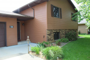 726 Madison Avenue SW, Eyota, MN 55934