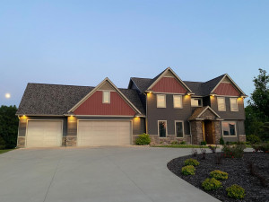 216 Majestic Road NW, Rochester, MN 55901