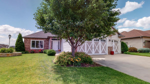 2449 Red Pine Avenue SW, Rochester, MN 55902