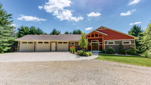 6203 Country Club Road SW, Rochester, MN 55902