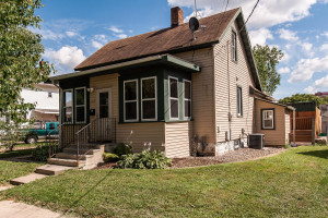 212 8th Street NW, Rochester, MN 55901