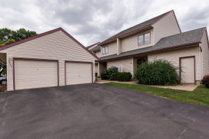2755 Charles Court NW, Rochester, MN 55901