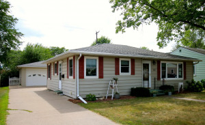 1869 W 4th Street, Winona, MN 55987