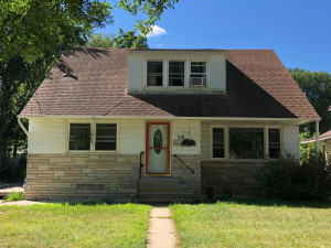 218 10th Street NW, Rochester, MN 55901