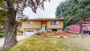 920 Elton Hills Drive NW, Rochester, MN 55901