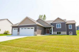 764 Willowmere Drive, Zumbrota, MN 55992