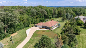 3664 Wright Road SW, Rochester, MN 55902