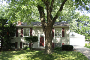 1833 38th Street NW, Rochester, MN 55901