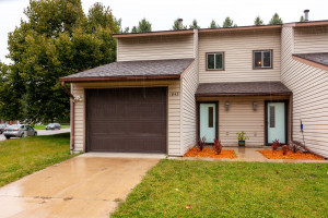 1843 28th Street NW, Rochester, MN 55901