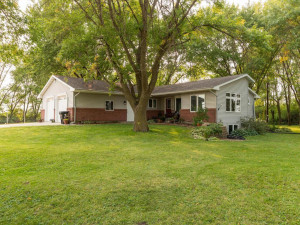 15241 540 Ave Austin MN 55912-001-001-Front View-MLS_Size