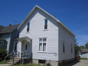 1860 Liberty Street, Marinette, WI 54143