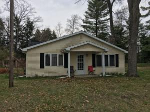 N7277 SHAFFER Road, Crivitz, WI 54114