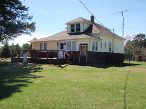 7435 Camp B Loop Road, Armstrong Creek, WI 54103