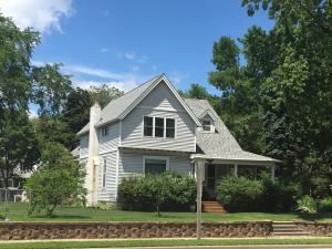 713 Marinette Avenue, Marinette, WI 54143