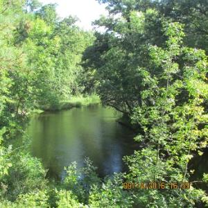 Close to county land and Menominee River