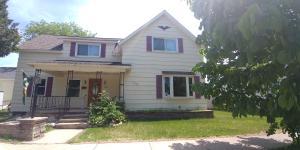 1208 Oakes Street