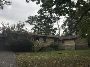 W1724 River Oaks Drive, Marinette, WI 54143