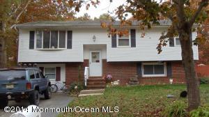208 Middie Lane Manahawkin NJ 08050