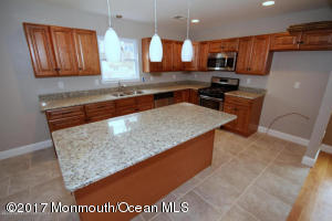 45 E Lakewood Avenue, Ocean Gate, NJ 08740