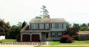 108 Holly Court, Little Egg Harbor, NJ 08087